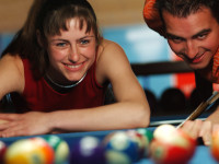 billiards etiquette, beyonce plays billiards,